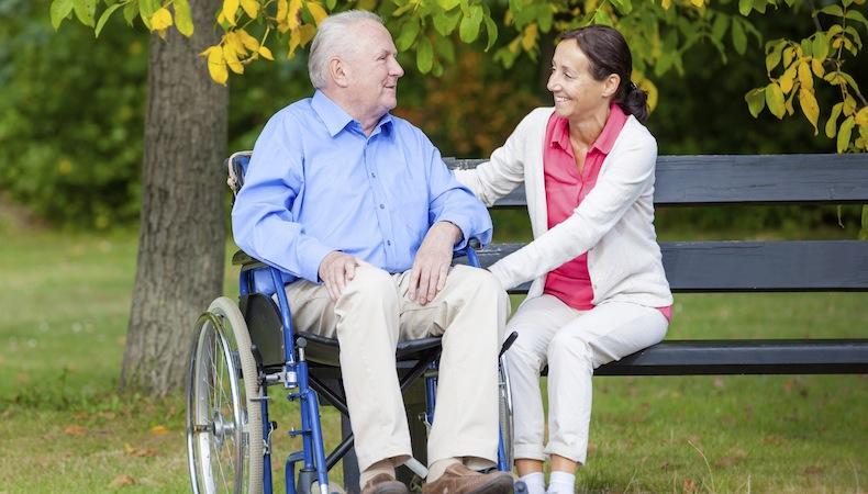 """""""Tecnico per l'assistenza all'autonomia personale, alla comunicazione e all' inclusione sociale a favore di persone con disabilità"""""""